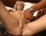 Excited granny Kari rubbing her succulent pussy hard
